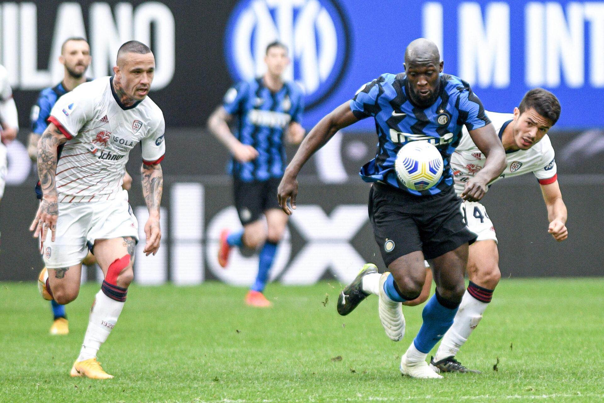 Sky Sports Italia croît savoir que le transfert de Lukaku pourrait se débloquer si l'attaquant demandait son transfert (iconsport)