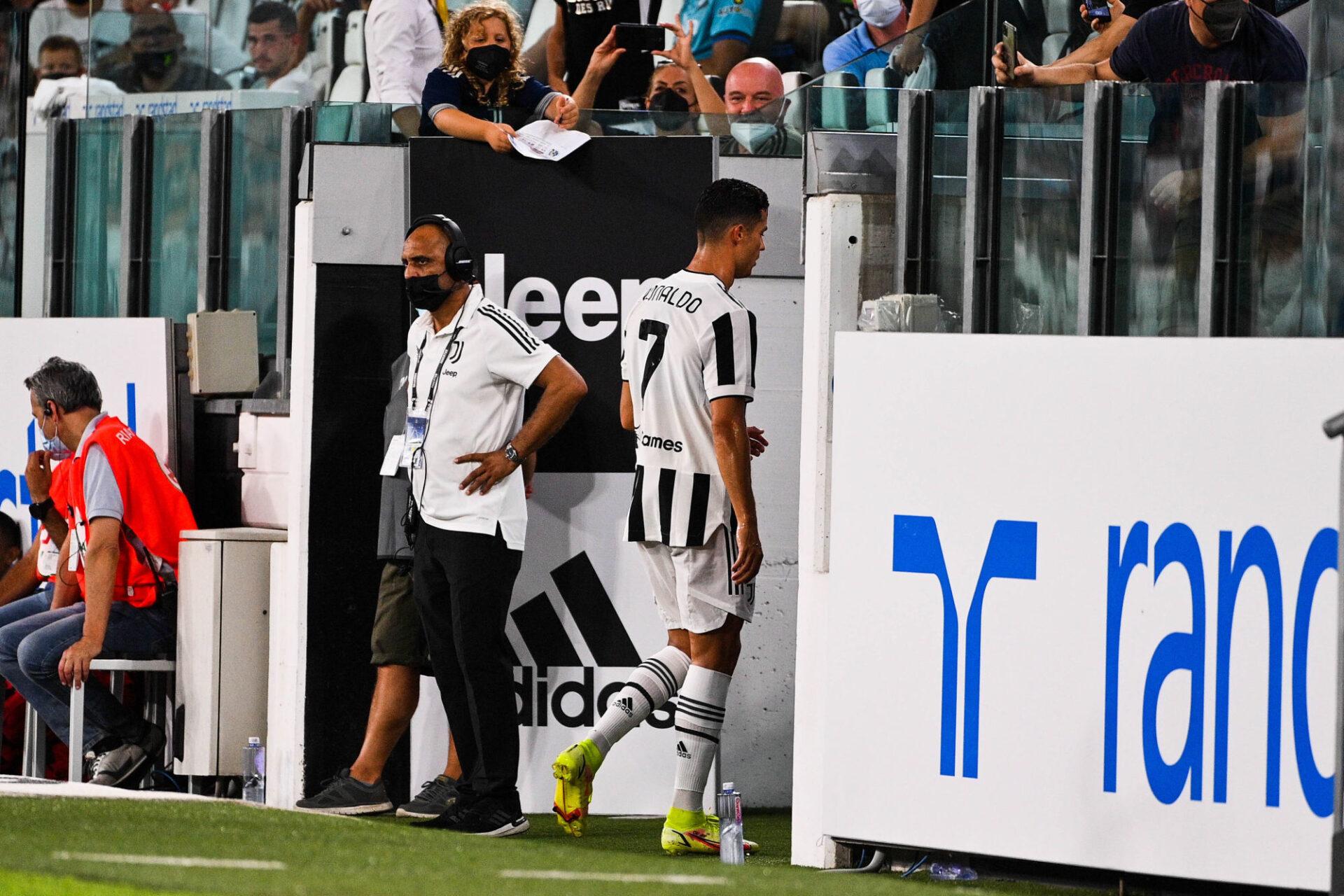 Cristiano Ronaldo ne serait plus heureux à la Juventus et ne souhaiterait qu'une chose : quitter Turin au plus vite. Icon Sport