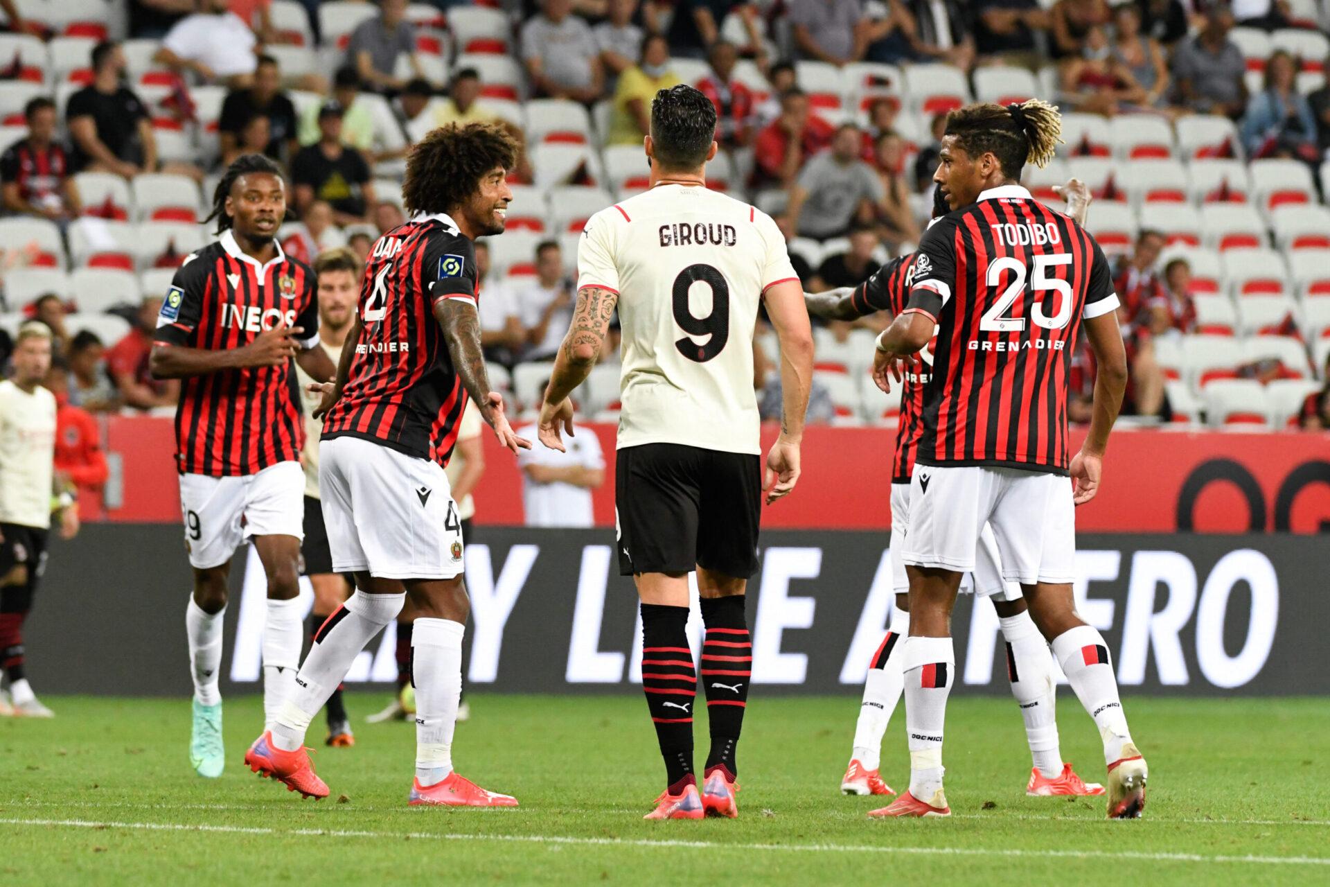 Apparu à Nice pour la première fois avec l'AC Milan, Olivier Giroud estime pouvoir jouer avec Zlatan Ibrahimovic, un cran plus haut que lui (iconsport)
