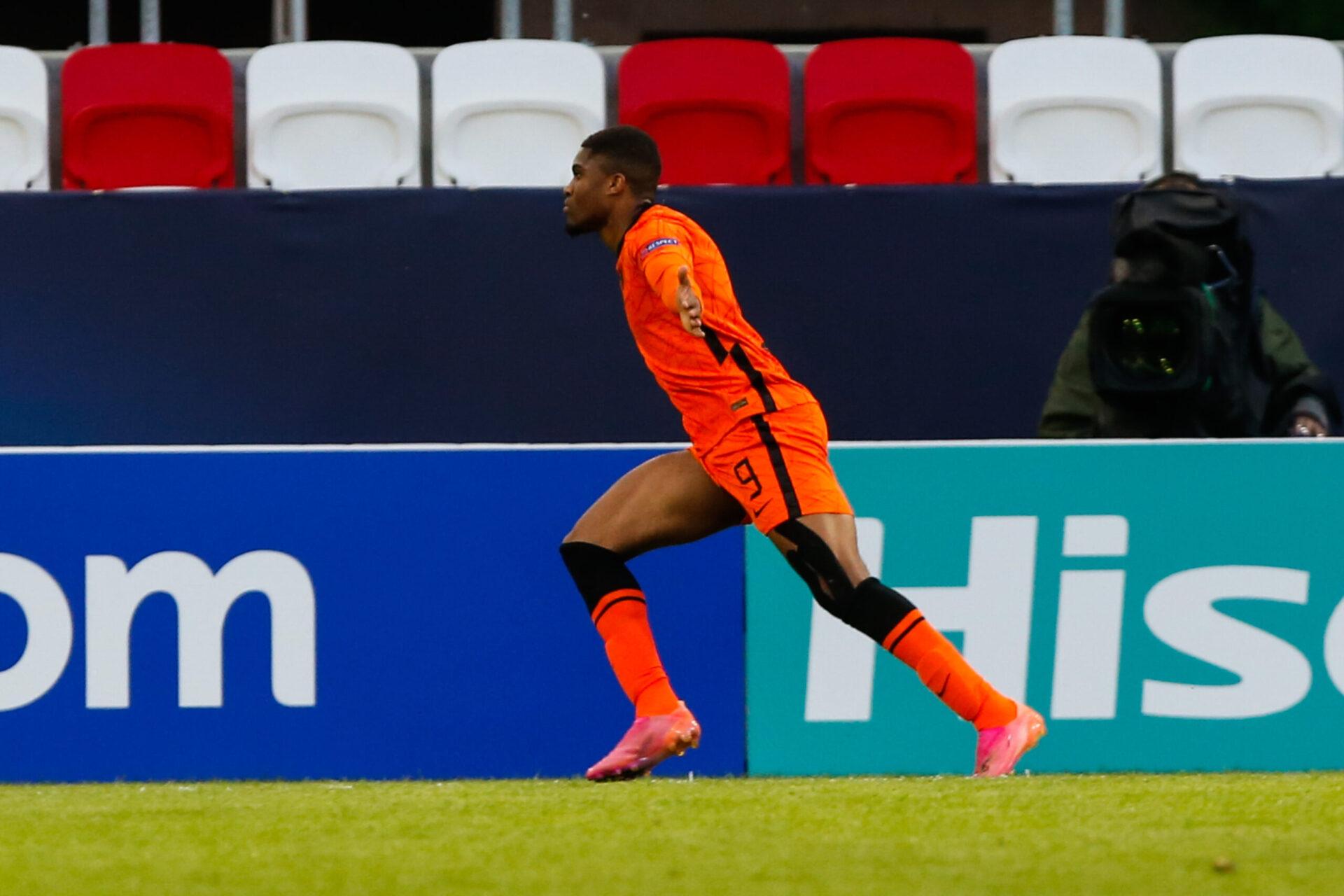 Myron Boadu fête son but contre l'équipe de France espoirs, en quart de finale de l'Euro. Icon Sport