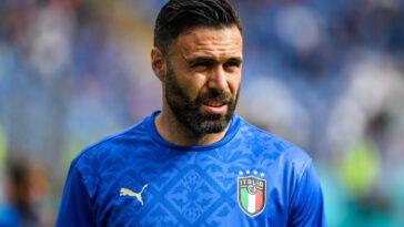 Après 4 saisons au Torino, Salvatore Sirigu s'est engagé au Genoa. L'ancien gardien du PSG a signé pour une saison plus une en option (iconsport)