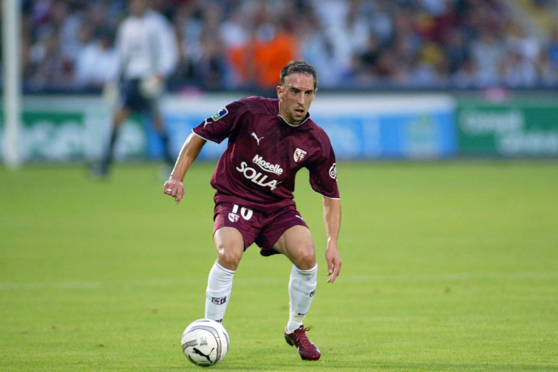 Franck Ribéry commençant sa carrière de footballeur avec le club de Metz (Icon Sport)
