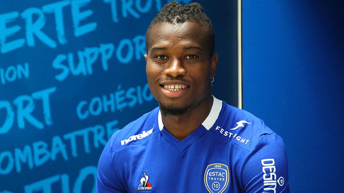 Youssouf Koné rejoint Troyes depuis Lyon. Le latéral gauche est prêté pour une saison, sans option d'achat (ESTAC)