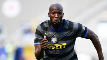 8 ans après son départ de Chelsea, Romelu Lukaku plaît aux Blues. Le club anglais a formulé une offre de 100 millions d'euros pour le buteur belge (iconsport)