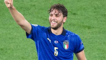 Cible prioritaire de la Juventus au milieu, Manuel Locatelli va bien rejoindre la Vieille Dame. Le milieu de 23 ans va signer contre 35 millions d'euros, hors bonus (iconsport)