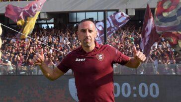 Ribéry va essayer d'aider son nouveau club à se maintenir (Twitter US Salernitana 1919)