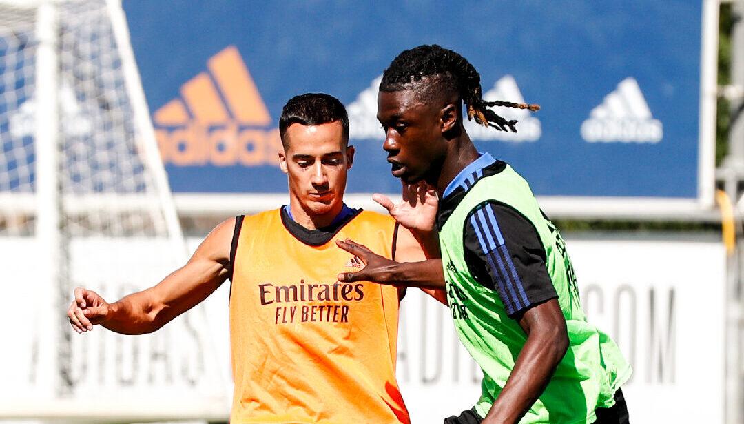 Eduardo Camavinga a participé à son premier entraînement au Real Madrid, ici face à Lucas Vazquez. @Real Madrid