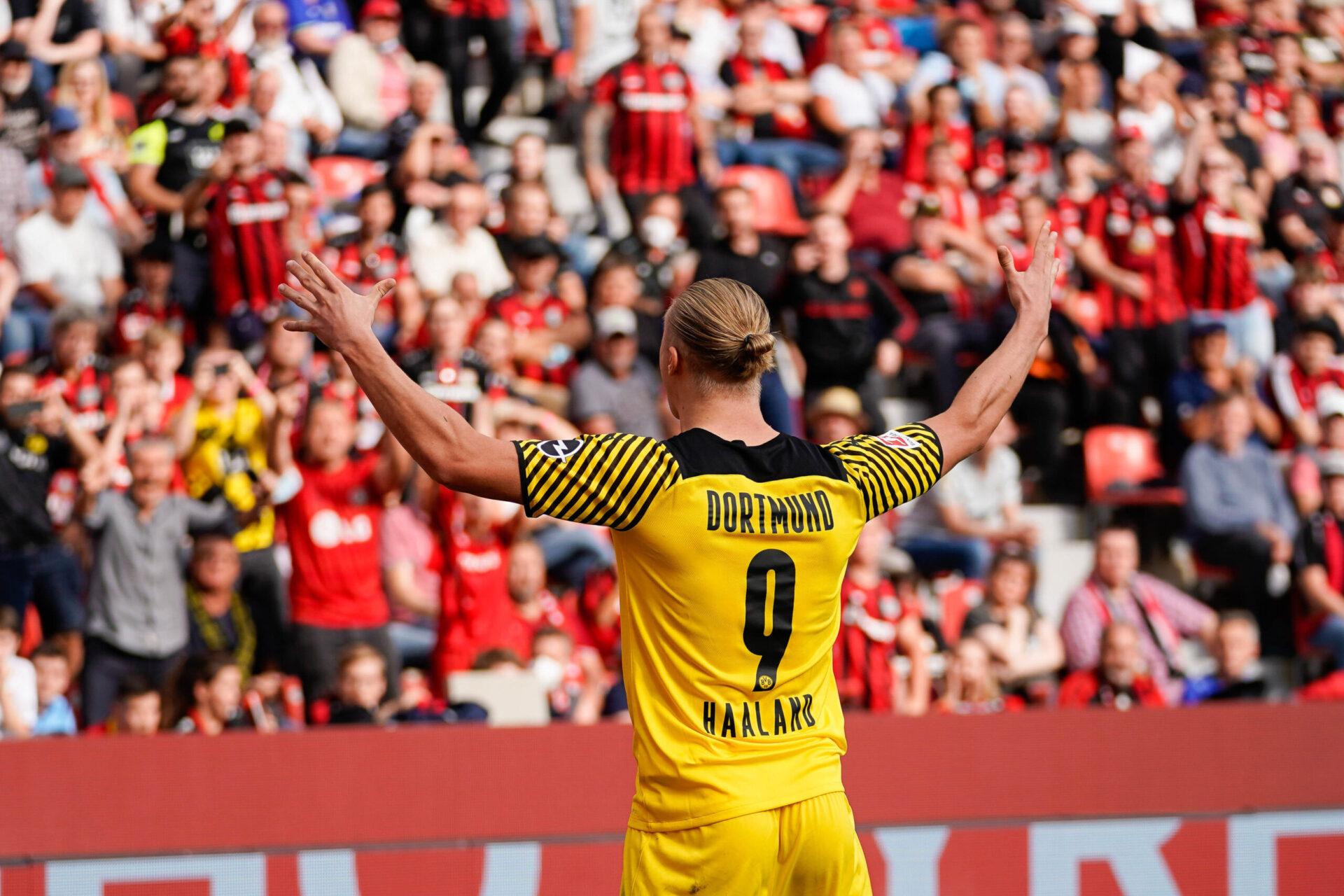 Erling Haaland lors du match entre le Bayer Leverkusen et le Borussia Dortmund, samedi 11 septembre (IconSport)