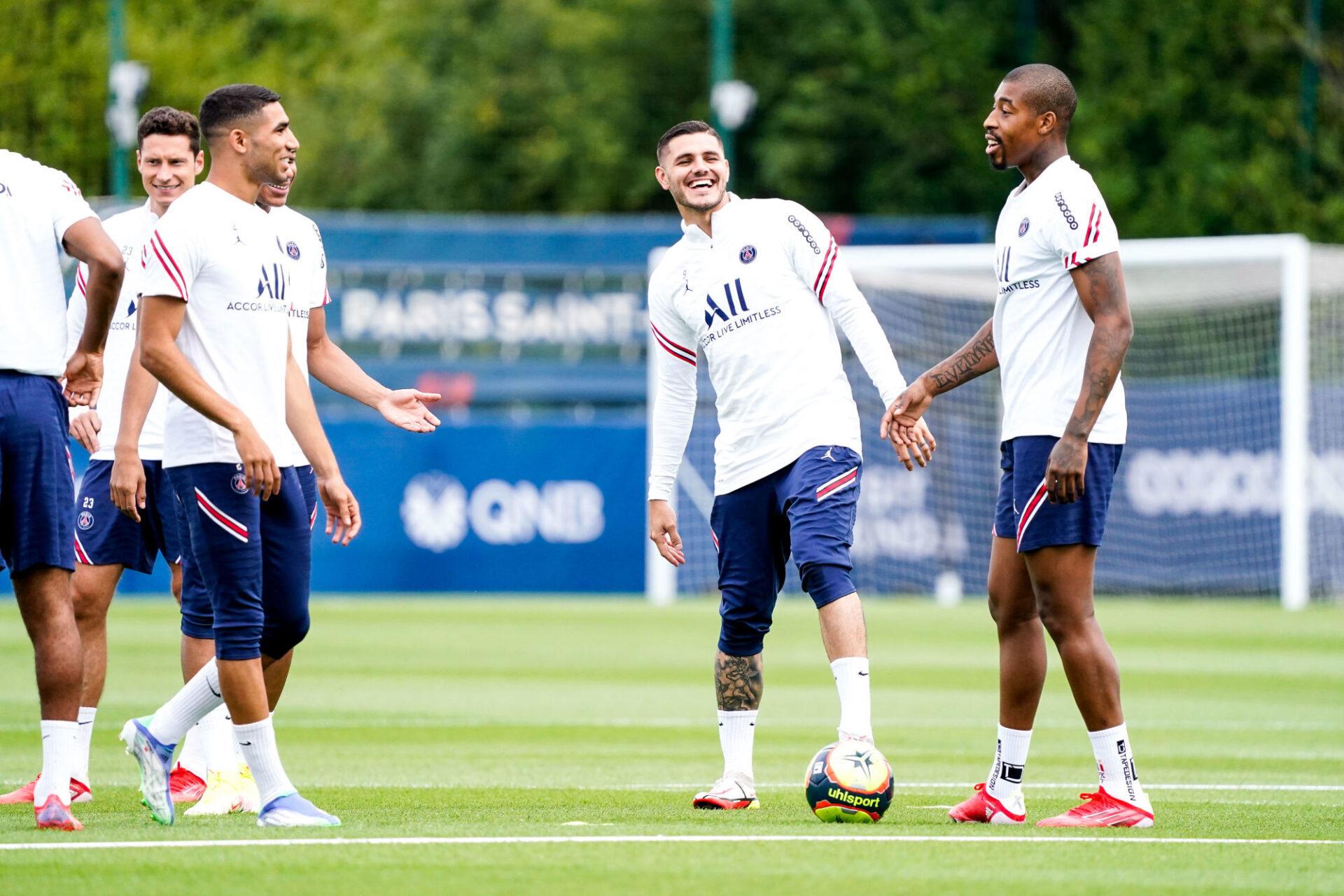 Mauro Icardi (au centre) et Presenl Kimpembe (à droite) se sont entraînés avec le PSG ce vendredi 10 septembre, mais ne sont pas certains d'être dans le groupe contre Clermont. Icon Sport