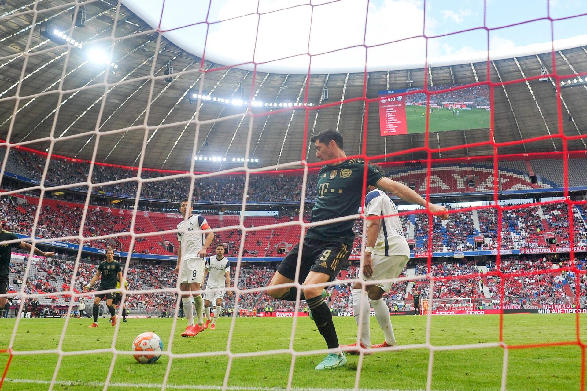 Grâce à ce but face à Bochum, Robert Lewandowski est devenu le premier joueur à marquer lors de 13 matches consécutifs à domicile en Bundesliga. Icon Sport