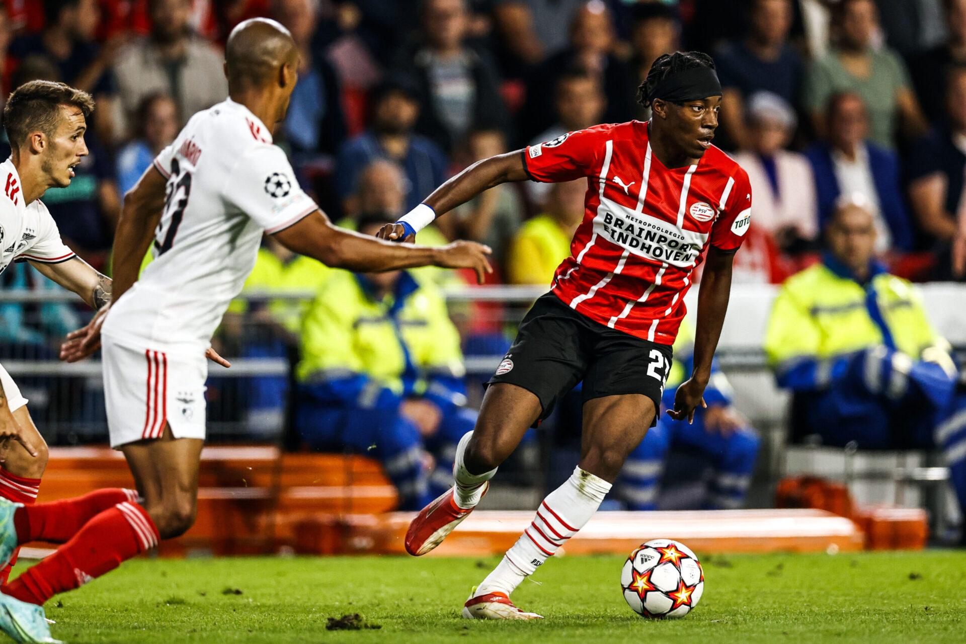 Avant Götze, le PSV avait convaincu Noni Madueke de signer un nouveau contrat (iconsport)