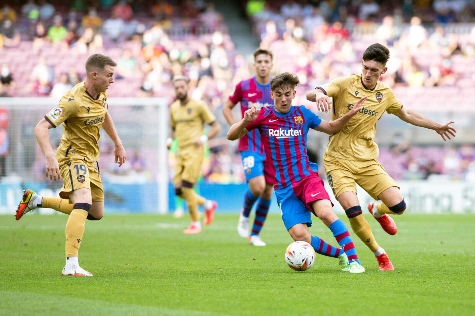 Gavi, étoile montante du FC Barcelone, gagne du temps de jeu avec Ronald Koeman. Icon Sport