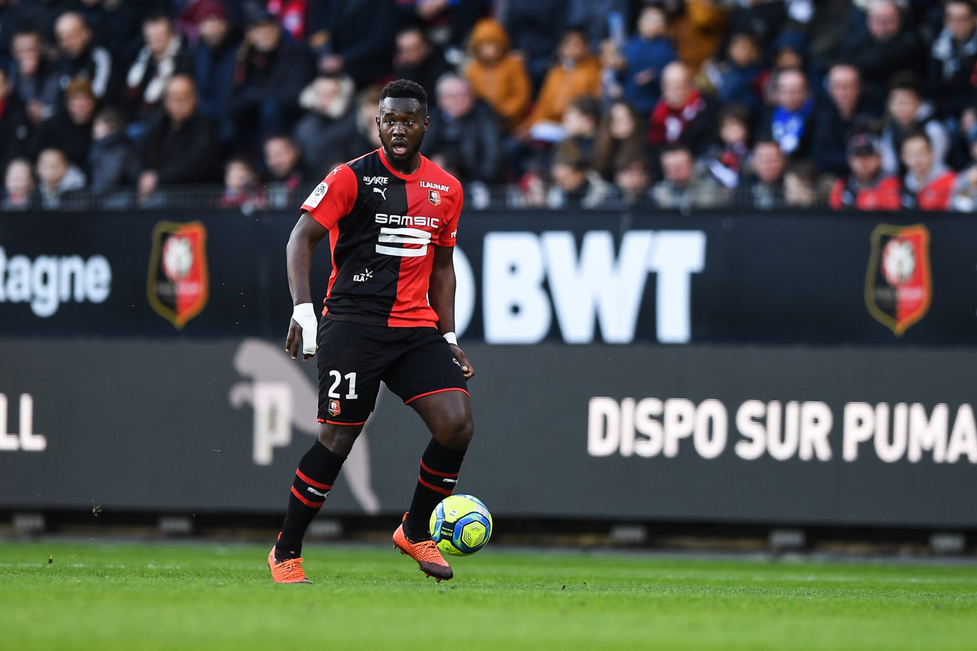 Prêté en 2019-2020 à son club formateur de Rennes, Joris Gnagnon avait disputé 31 matchs. Sa relance en Bretagne ne lui a ensuite pas permis de retrouver la confiance de son entraîneur à Séville (iconsport)