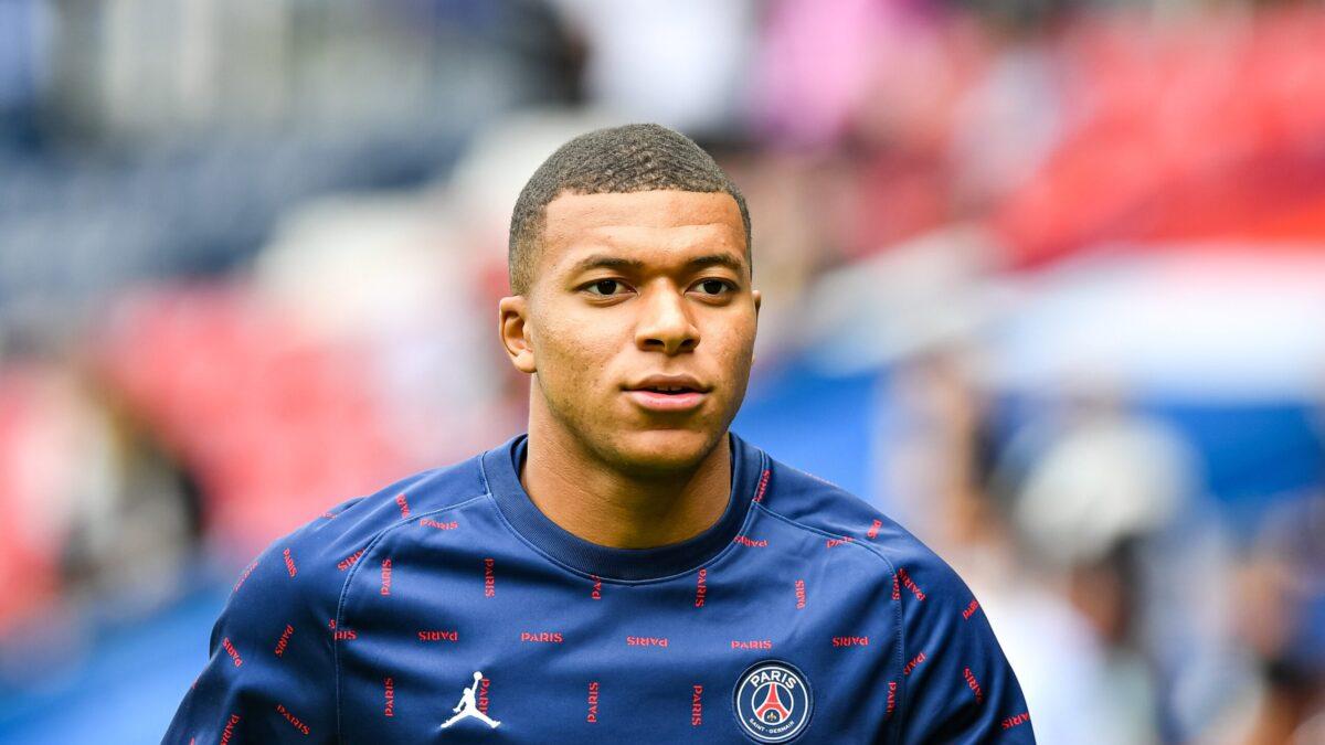 Leonardo affirme être persuadé que Mbappé restera à Paris l'année prochaine (iconsport)