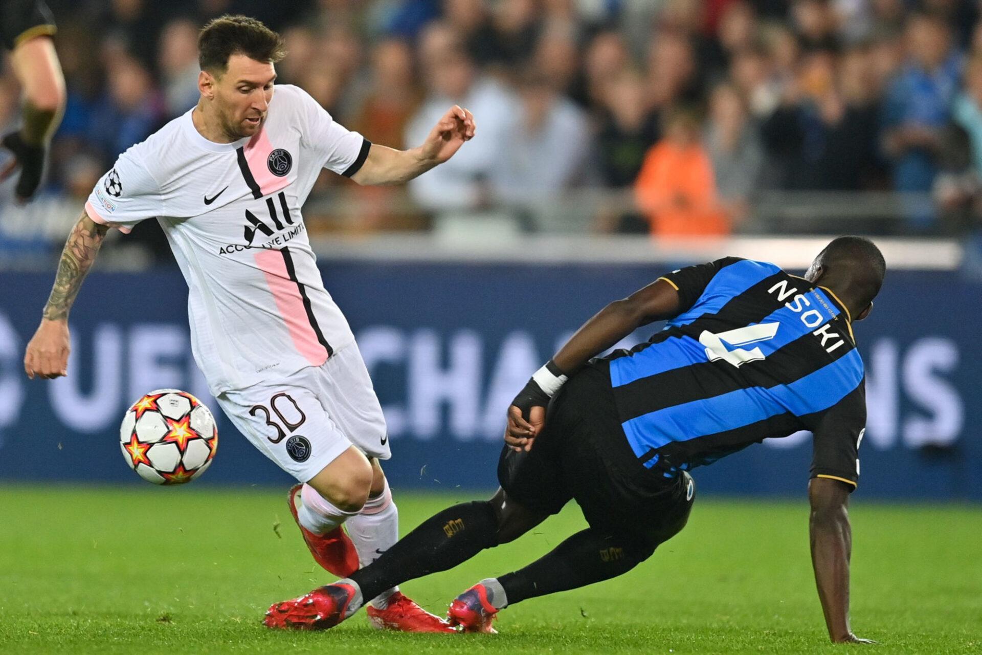 Lionel Messi devrait effectuer sa première au Parc des Princes contre Lyon. Icon Sport