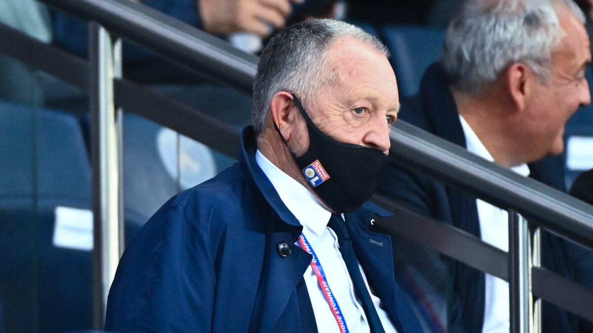 Jean-Michel Aulas estime que l'OL a perdu cinq points depuis le début de la saison à cause d'erreurs d'arbitrage. Icon Sport
