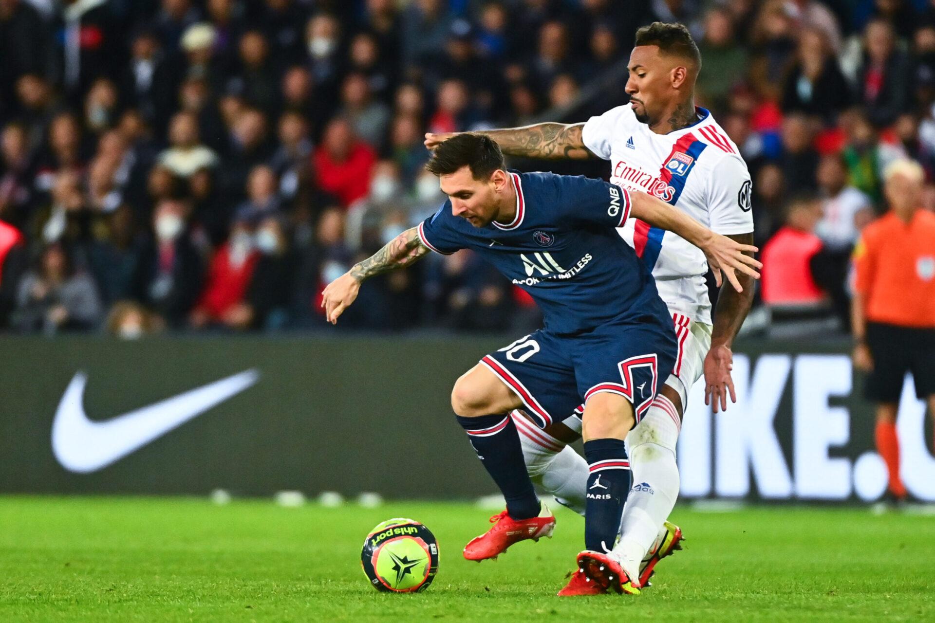 Absent de l'entraînement collectif ce lundi 20 septembre, Lionel Messi n'est pas sur de participer au déplacement parisien à Metz ce mercredi (iconsport)