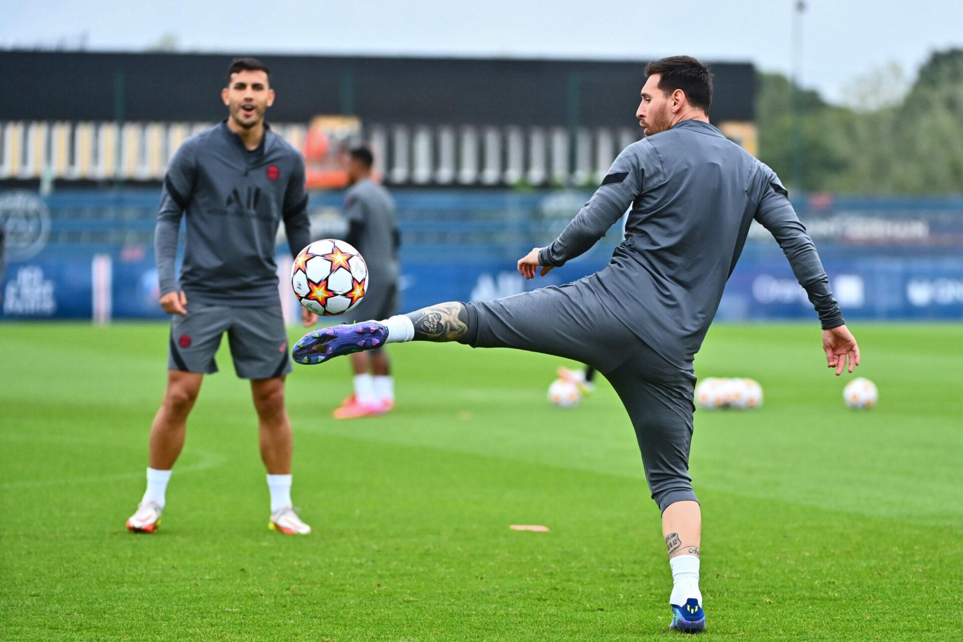Lionel Messi était à l'entraînement et devrait démarrer la rencontre face à Manchester City, de quoi ravir Ruben Dias (iconsport)