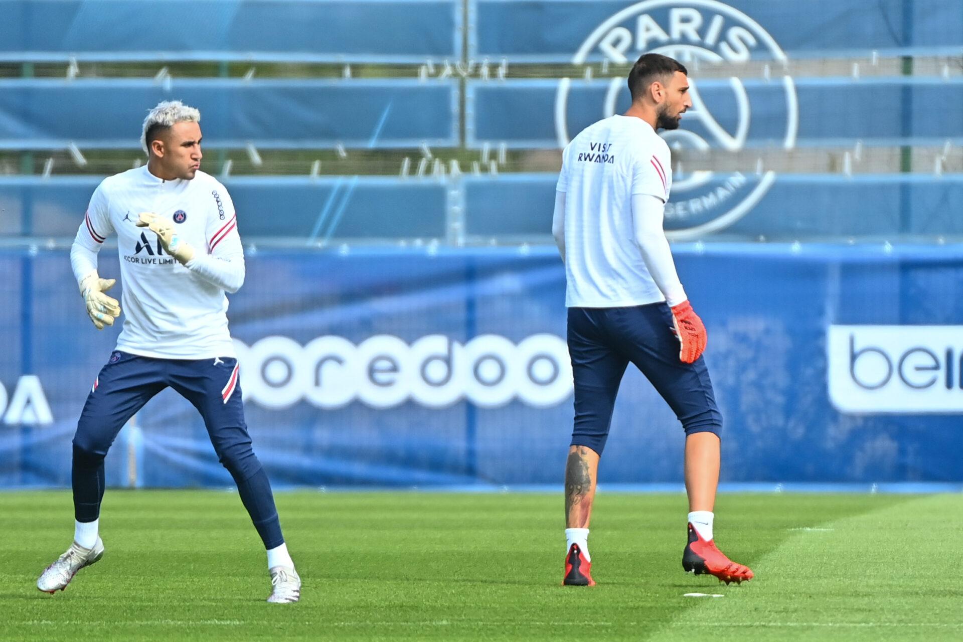 Keylor Navas et Gianluigi Donnarumma lors d'un entraînement avec le Paris Saint-Germain (IconSport)