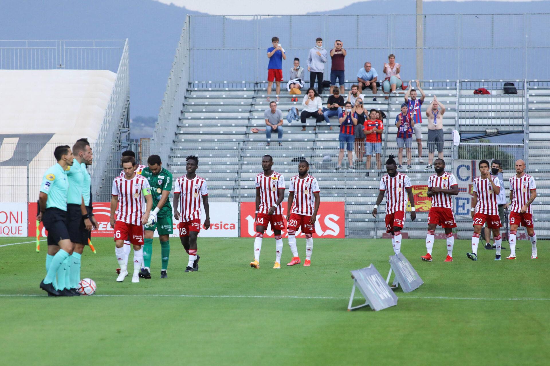 Des supporters sochaliens auraient été agressés par des supporters de l'AC Ajaccio au stade François-Coty. Icon Sport