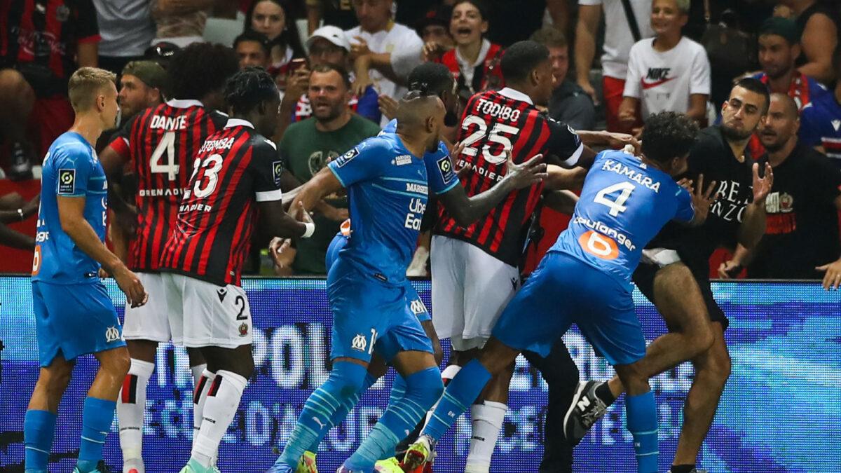 L'ultra niçois qui a tenté de frapper Payet s'explique ! (Photo by Icon Sport)