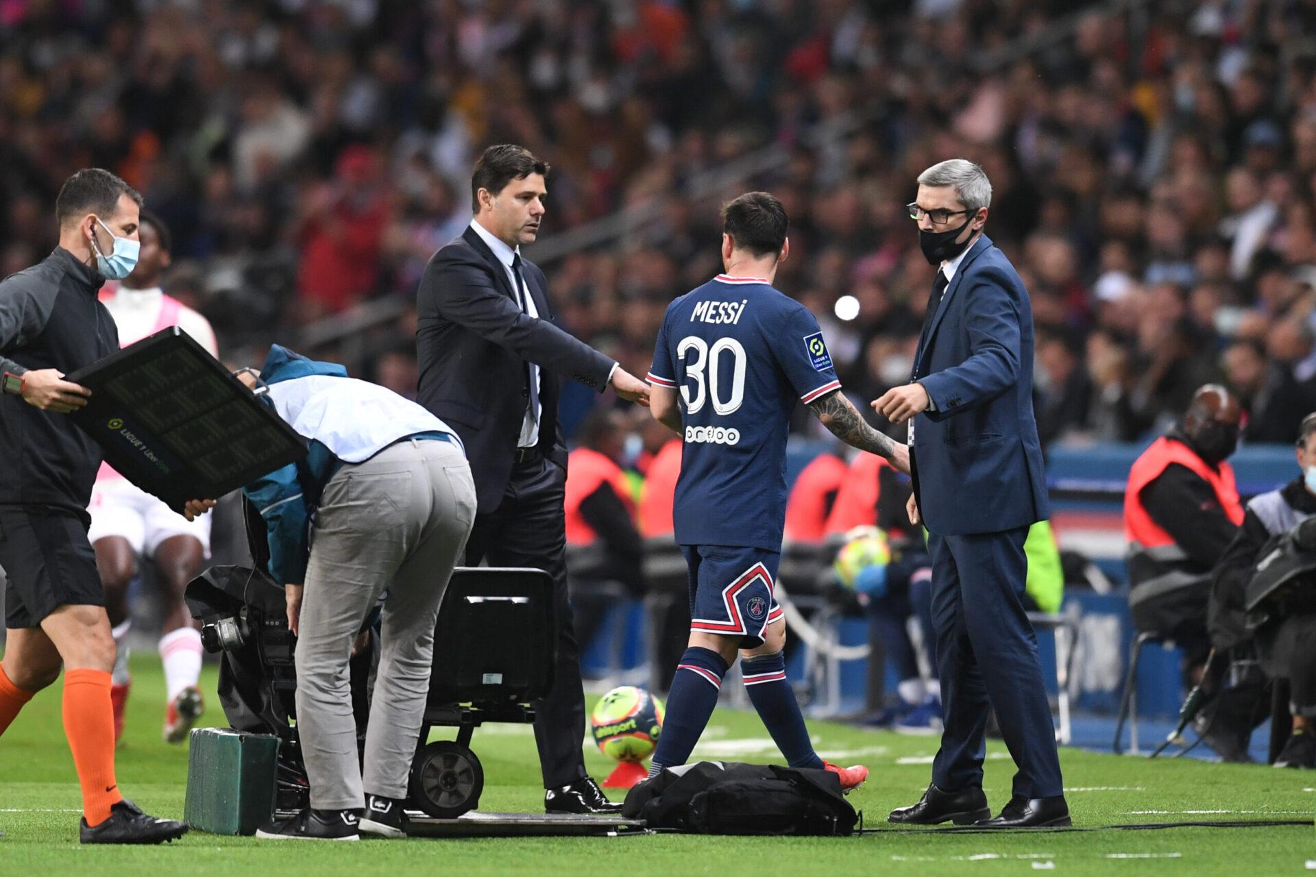 Lionel Messi, blessé au genou, pourrait faire son grand retour dans le groupe du PSG pour affronter Manchester City. Icon Sport