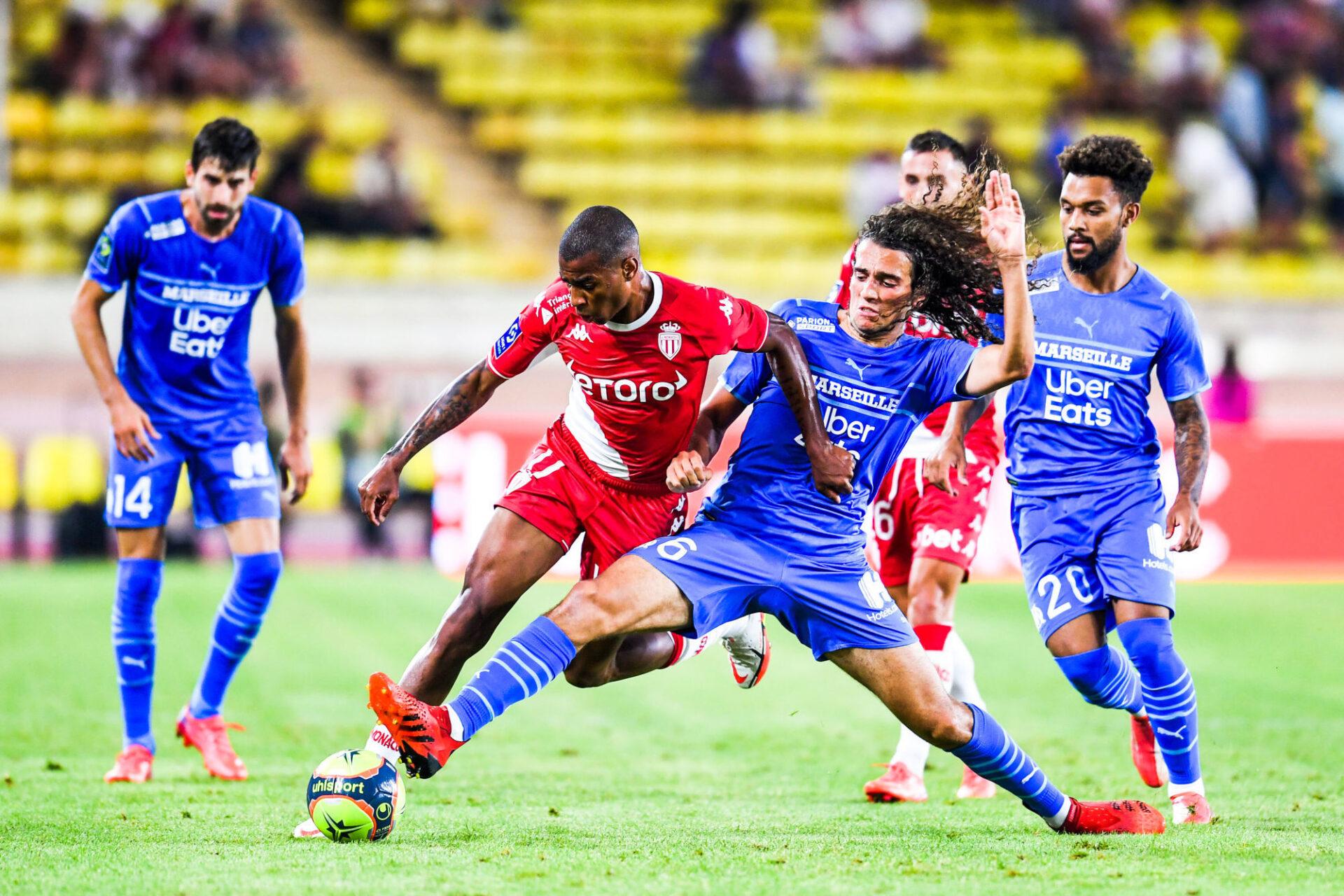 Mattéo Guendouzi a imposé sa loi au milieu contre Monaco. Icon Sport