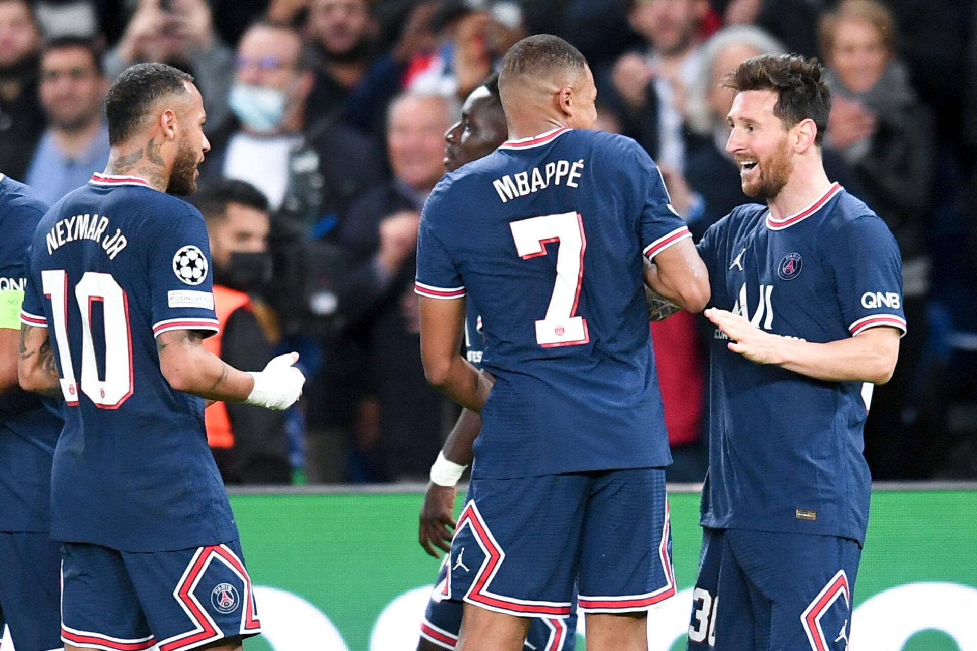 Neymar, Messi et Mbappé fêtent le second but du PSG face à Man City (iconsport)
