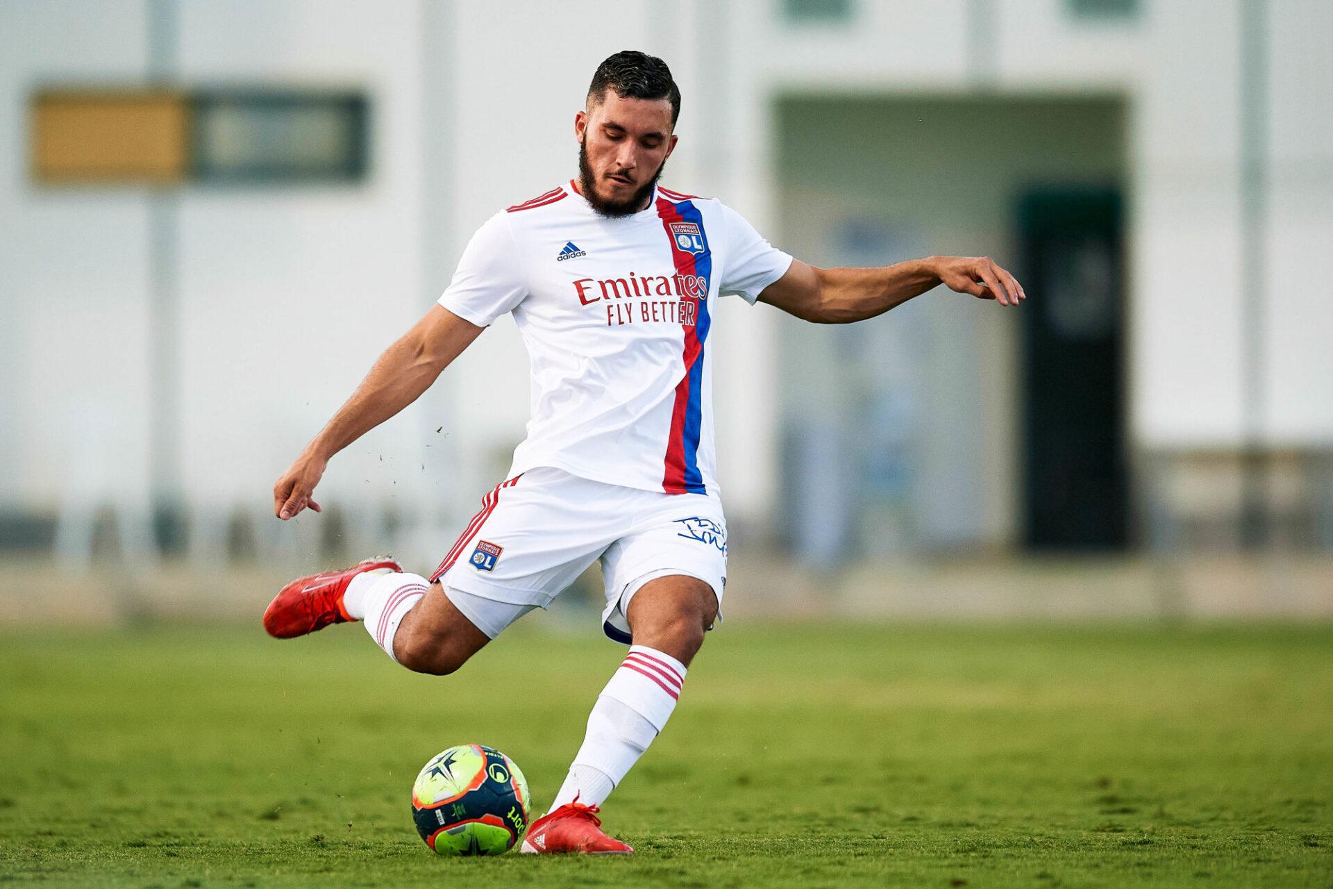 A 18 ans, Rayan Cherki affiche déjà 34 matchs de Ligue 1 au compteur, mais seulement 7 titularisations. Icon Sport