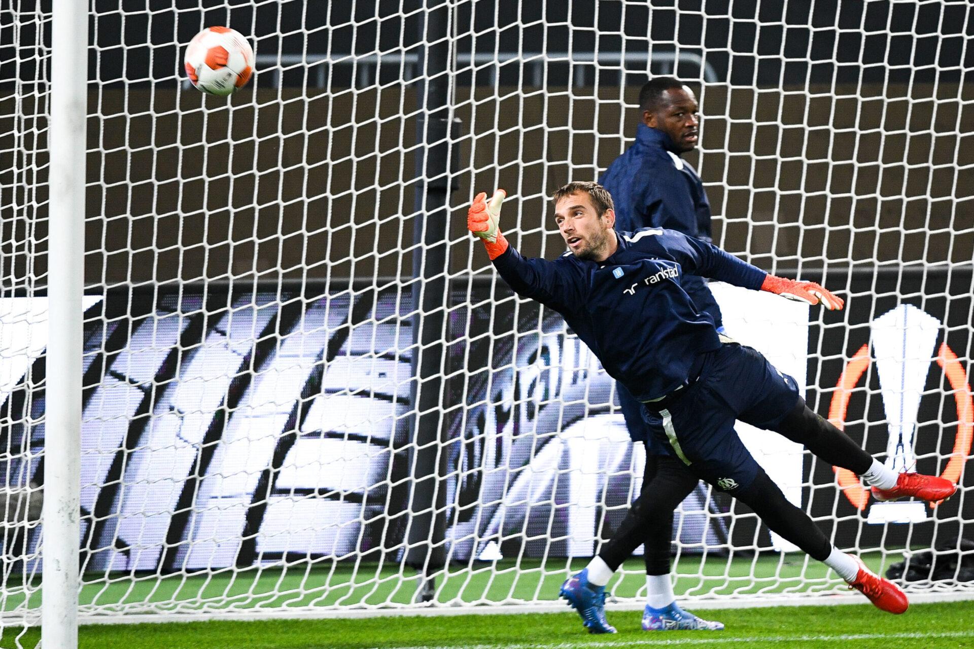 À Monaco, Pau López a remplacé Steve Mandanda dans les buts de l'OM de Jorge Sampaoli (iconsport)
