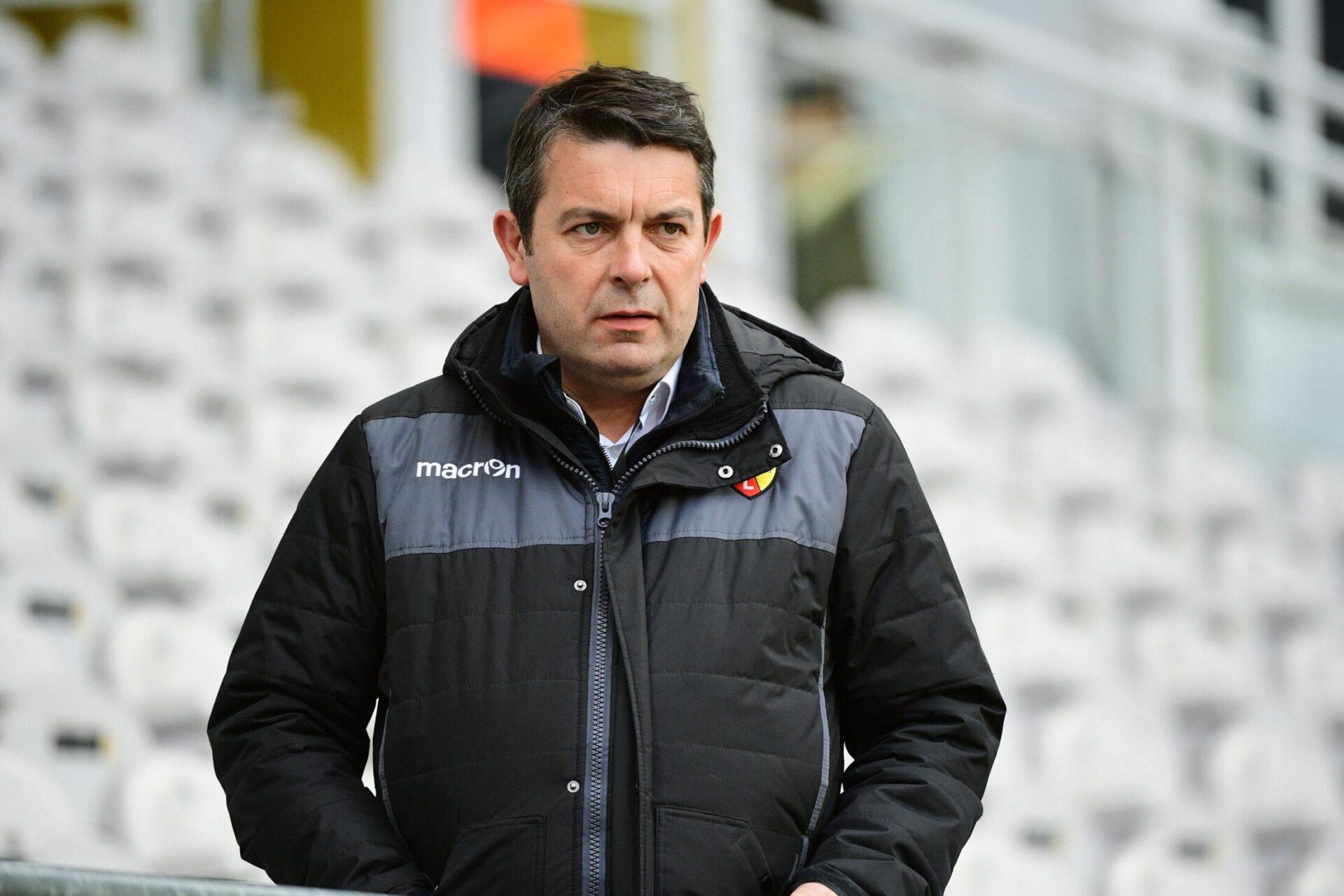 Arnaud Pouille, le directeur général de Lens, a donné une conférence de presse après les incidents lors du derby (iconsport)