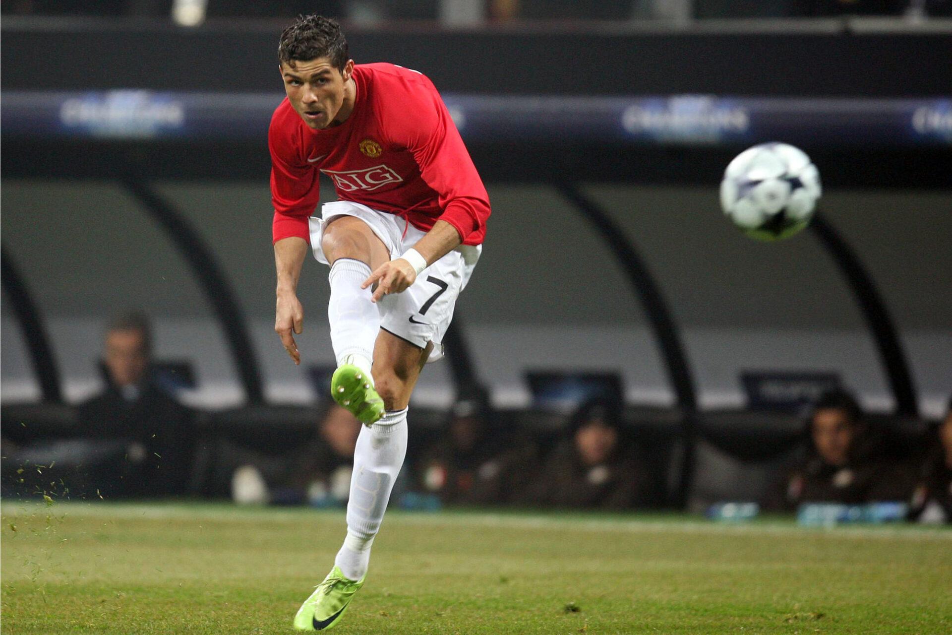 Cristiano Ronaldo est de retour sur une pelouse avec le maillot de Manchester United ! Icon Sport