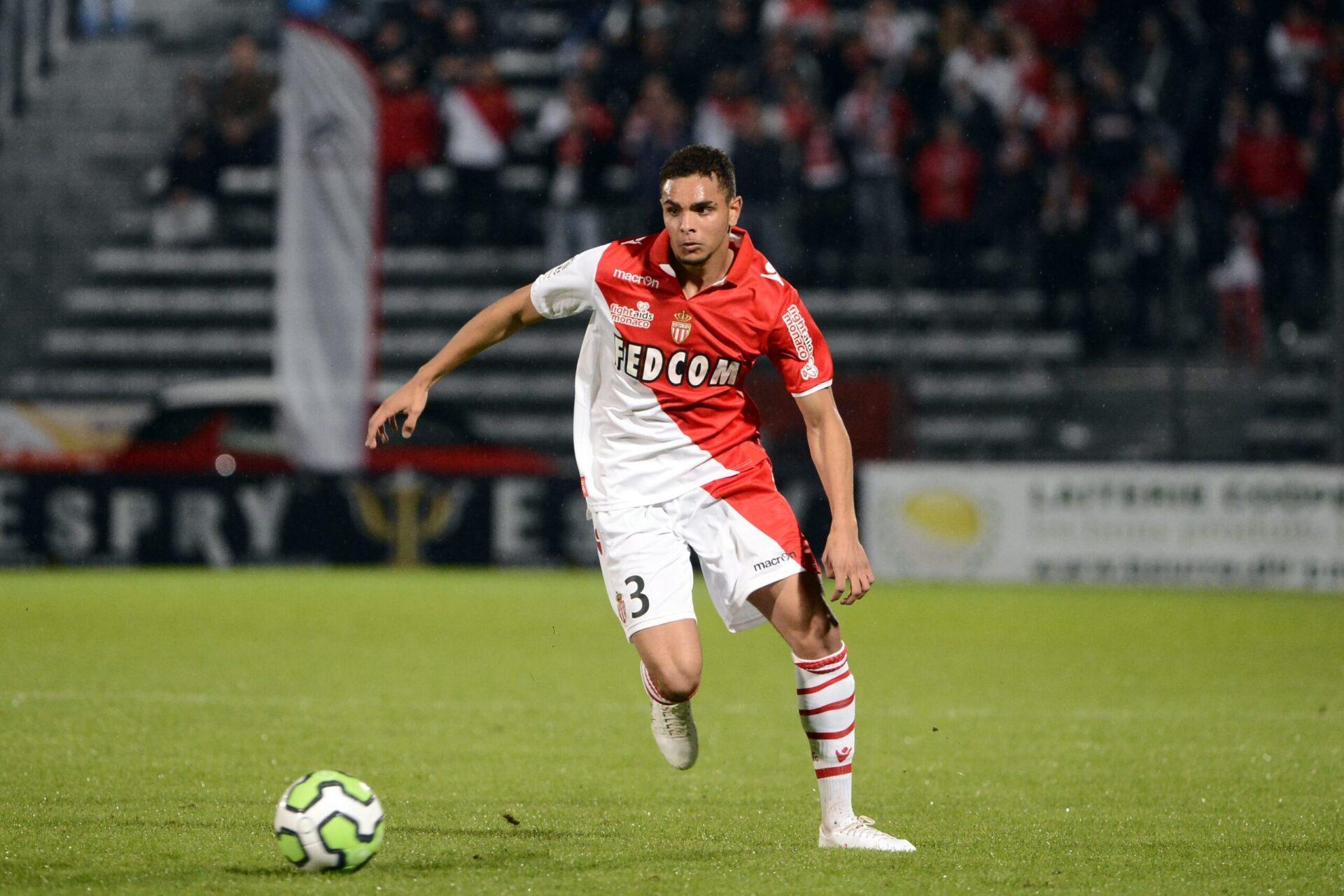 Layvin Kurzawa commençant sa carrière professionnelle en Ligue 1 avec les Monégasques (Icon Sport)