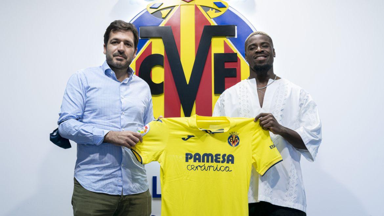 Serge Aurier sous ses nouvelles couleurs. @Villarreal