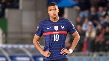 Kylian Mbappé et l'équipe de France ne savent pas vraiment où ils vont, à presque un an de la Coupe du monde 2022. Icon Sport