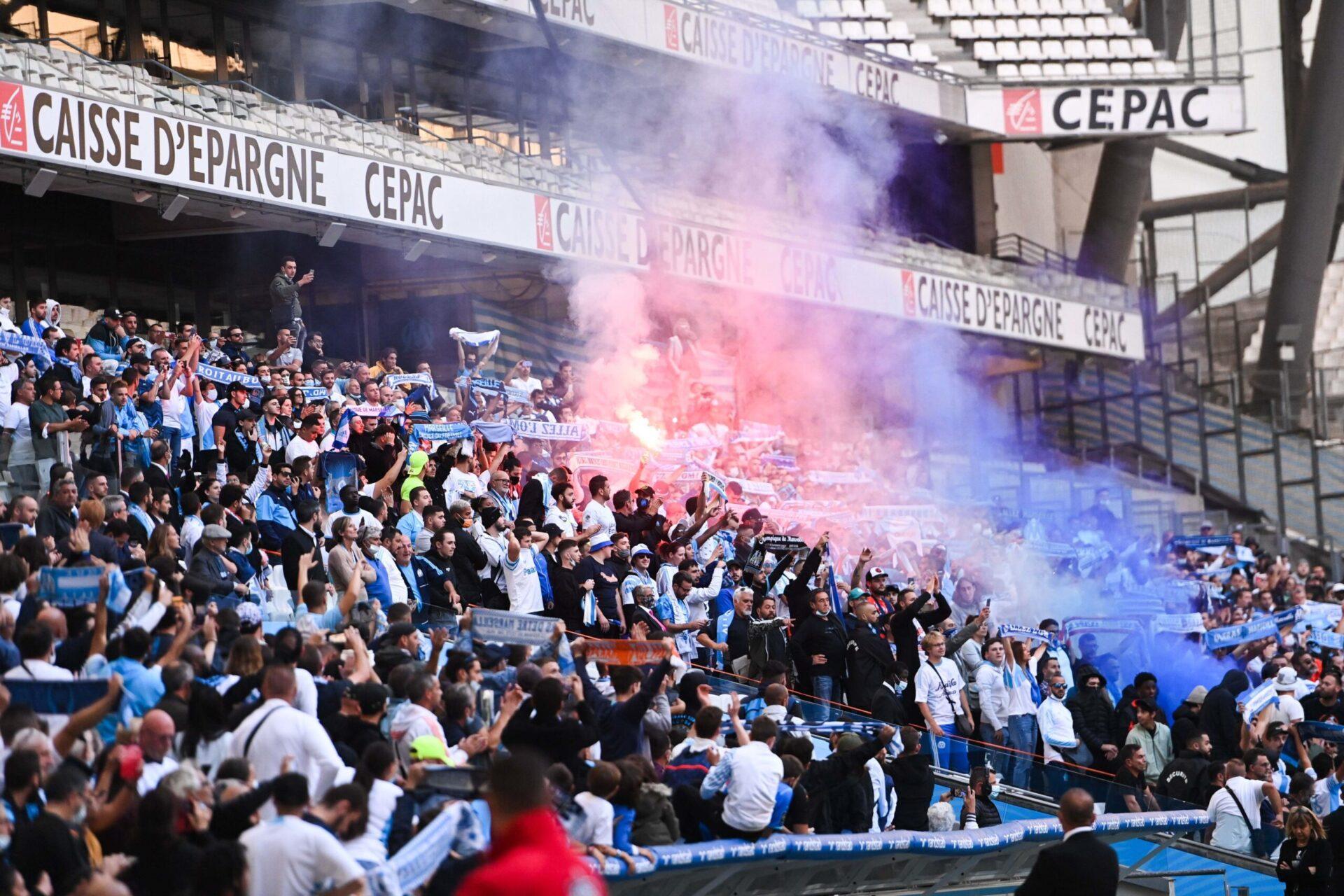 Entre 5000 et 6000 supporters étaient présents au stade Vélodrome pour rendre hommage à Bernard Tapie (iconsport)