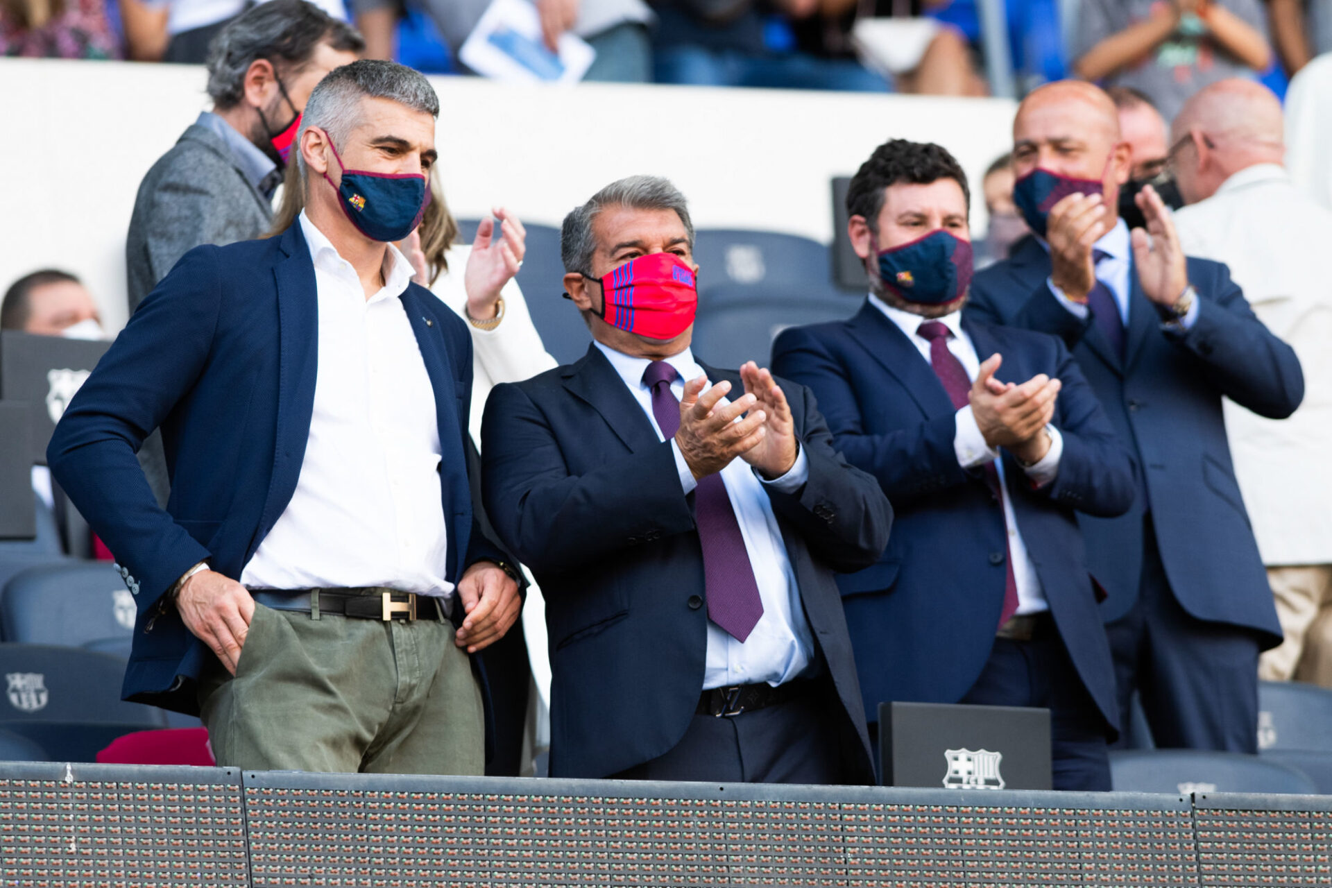 """Joan Laporta entretiendrait une relation """"bonne et sincère"""" avec Ronald Koeman, comme le président du Barça l'a clamé. Icon Sport"""