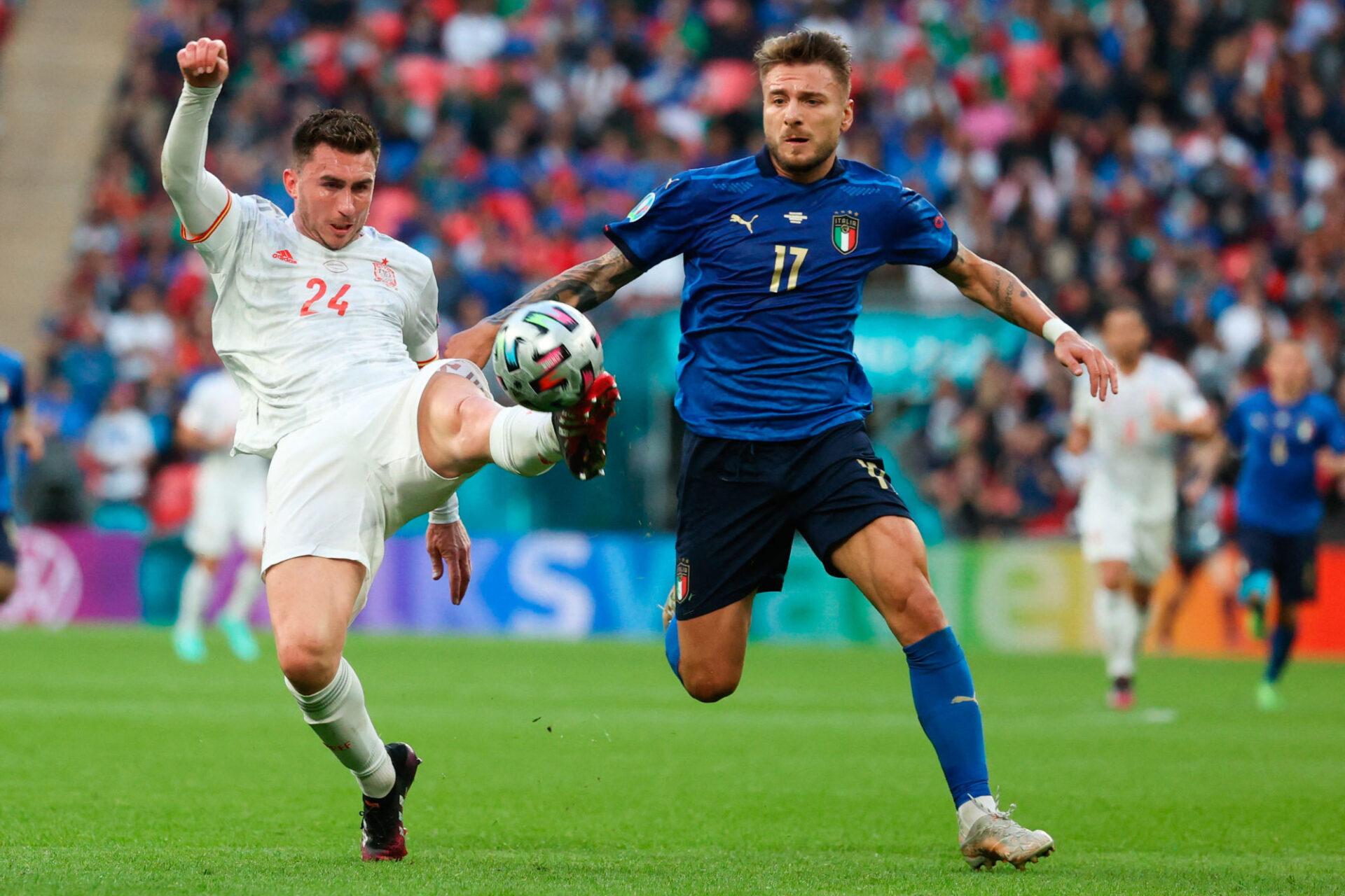 L'Espagne d'Aymeric Laporte et l'Italie de Ciro Immobile s'étaient tirées la bourre en demi-finale de l'Euro 2020. Icon Sport