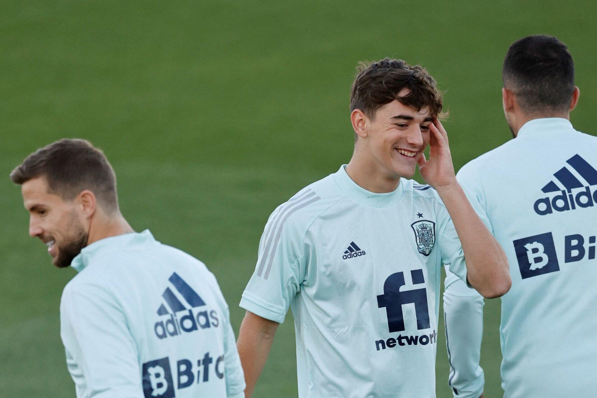 Après seulement 363 minutes en professionnel, l'ailier du Barça Gavi (17 ans) a été convoqué en sélection espagnole. Icon Sport