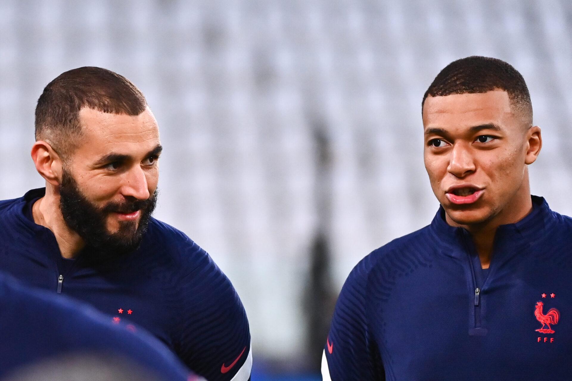 Karim Benzema (gauche) et Kylian Mbappé (droite) devraient être titulaires ce soir (iconsport)