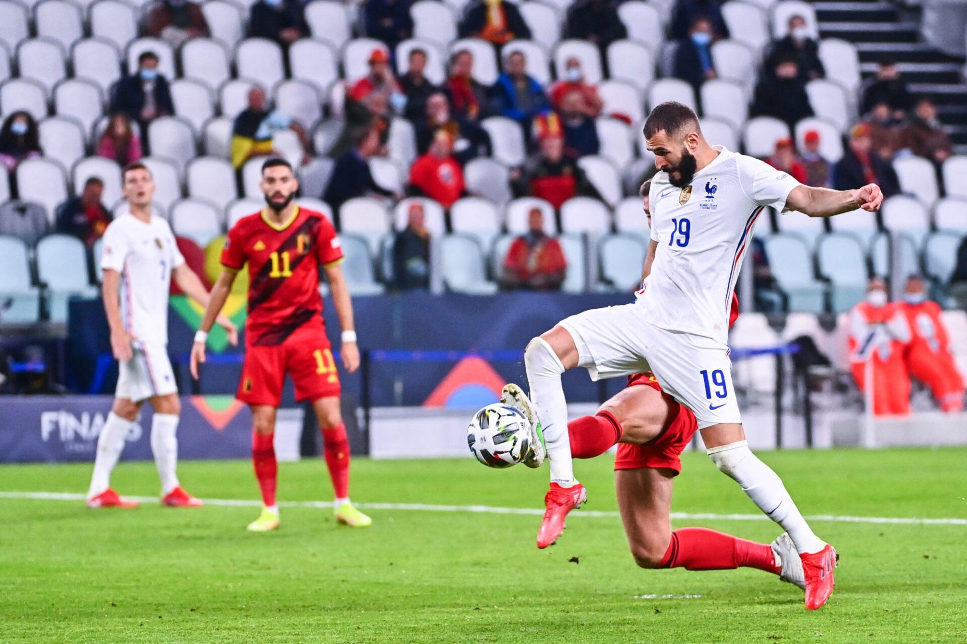 Karim Benzema et les Bleus sont revenus de la mi-temps avec l'intention de prendre la Belgique à la gorge. Icon Sport