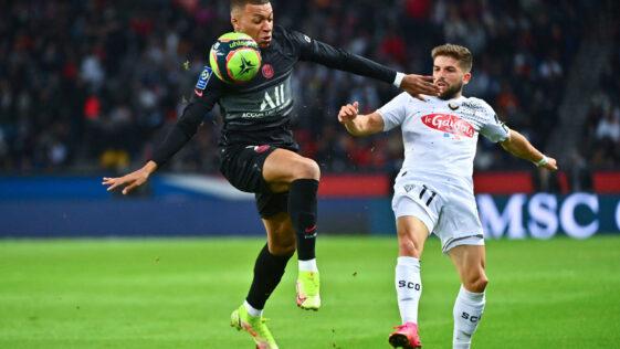 Grâce à un très bon Mbappé, le PSG s'est imposé face à Angers (iconsport)