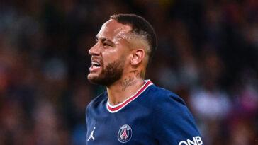 Neymar, auteur d'un début de saison très moyen, n'est pas épargné par les critiques. Icon Sport
