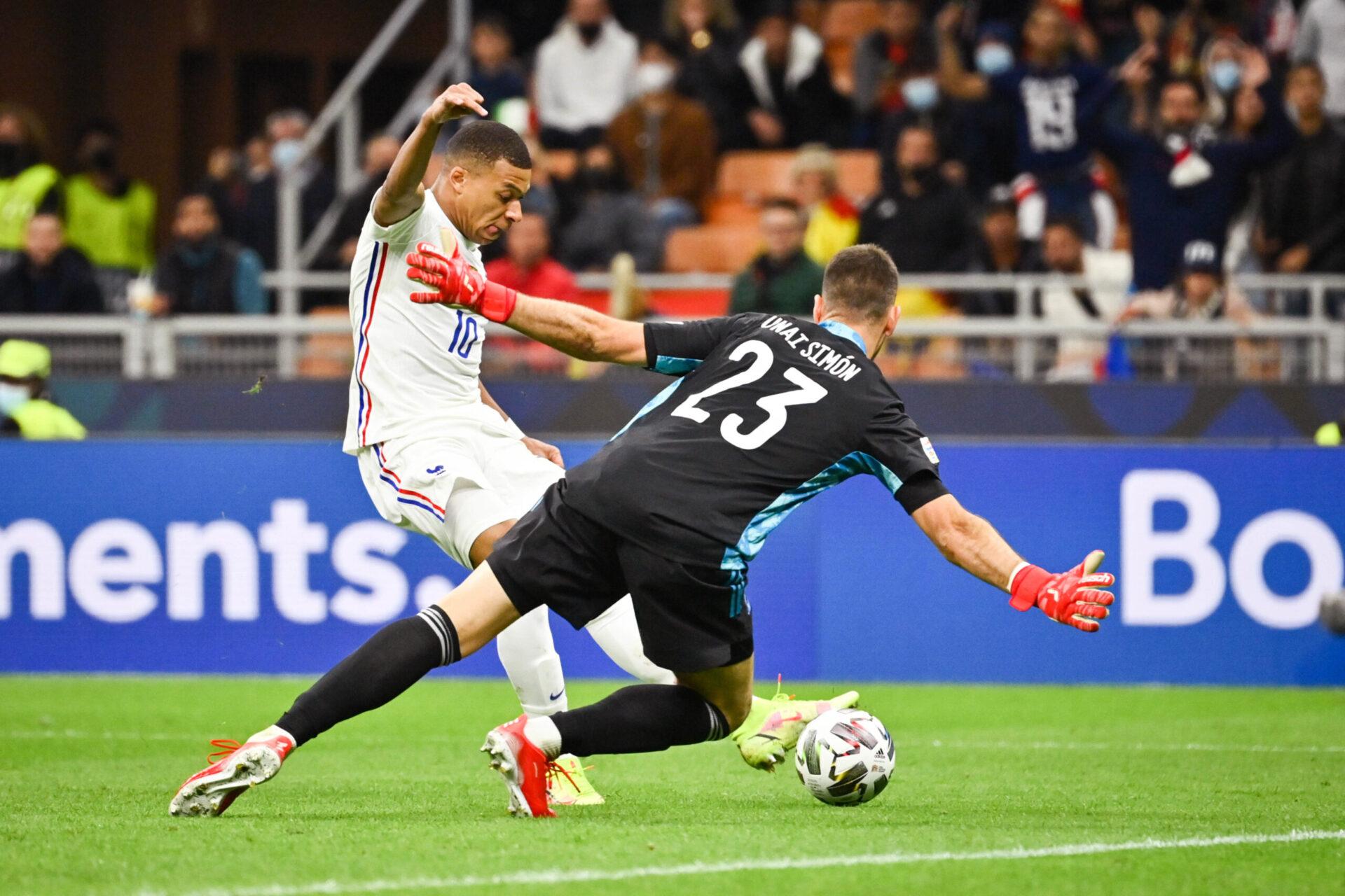Le but de Kylian Mbappé en finale de Ligue des nations considéré valide par l'équipe arbitrale fait polémique (iconsport)