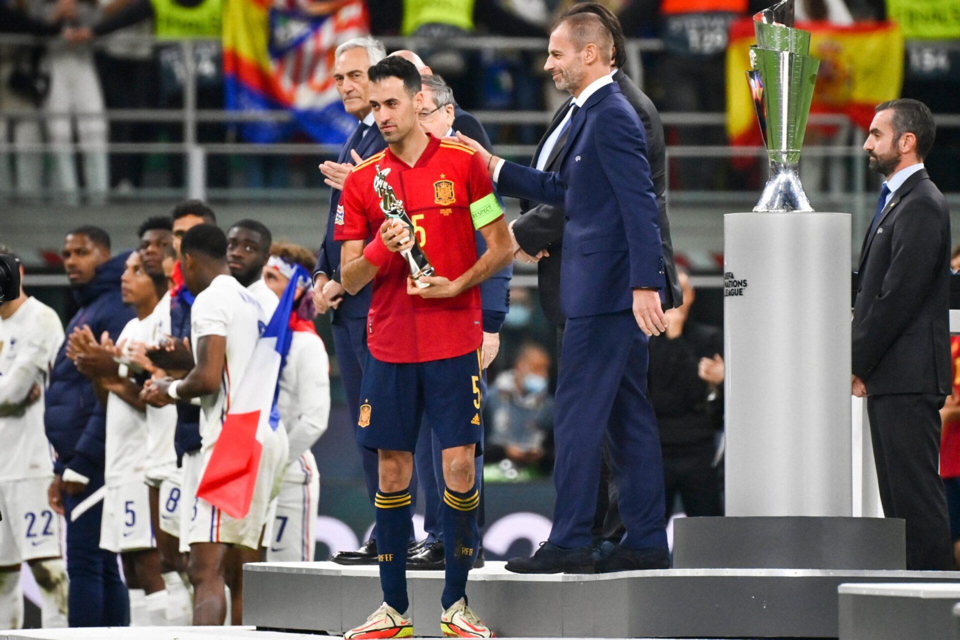 Malgré la défaite en finale, Busquets est reparti avec le trophée de meilleur joueur du Final Four (iconsport)