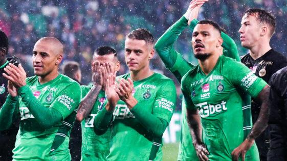 Il y aura quatre clubs qui seront relégués en Ligue 2 à l'issue de la saison 2022/2023 de Ligue 1. Icon Sport