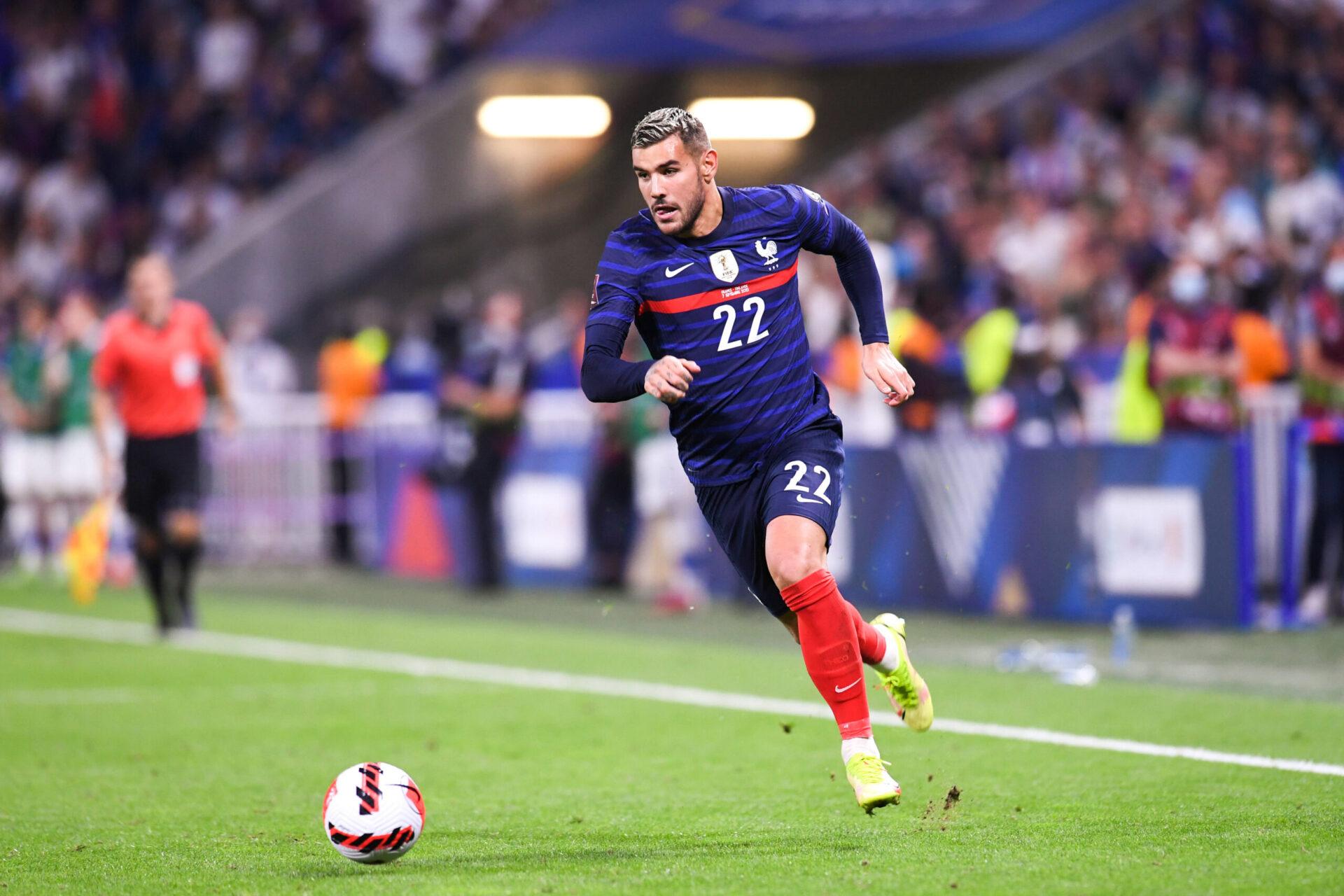 Séduisant lors de sa première sélection, Lucas Hernández pourrait devenir le principal concurrent de son frère en équipe de France (iconsport)
