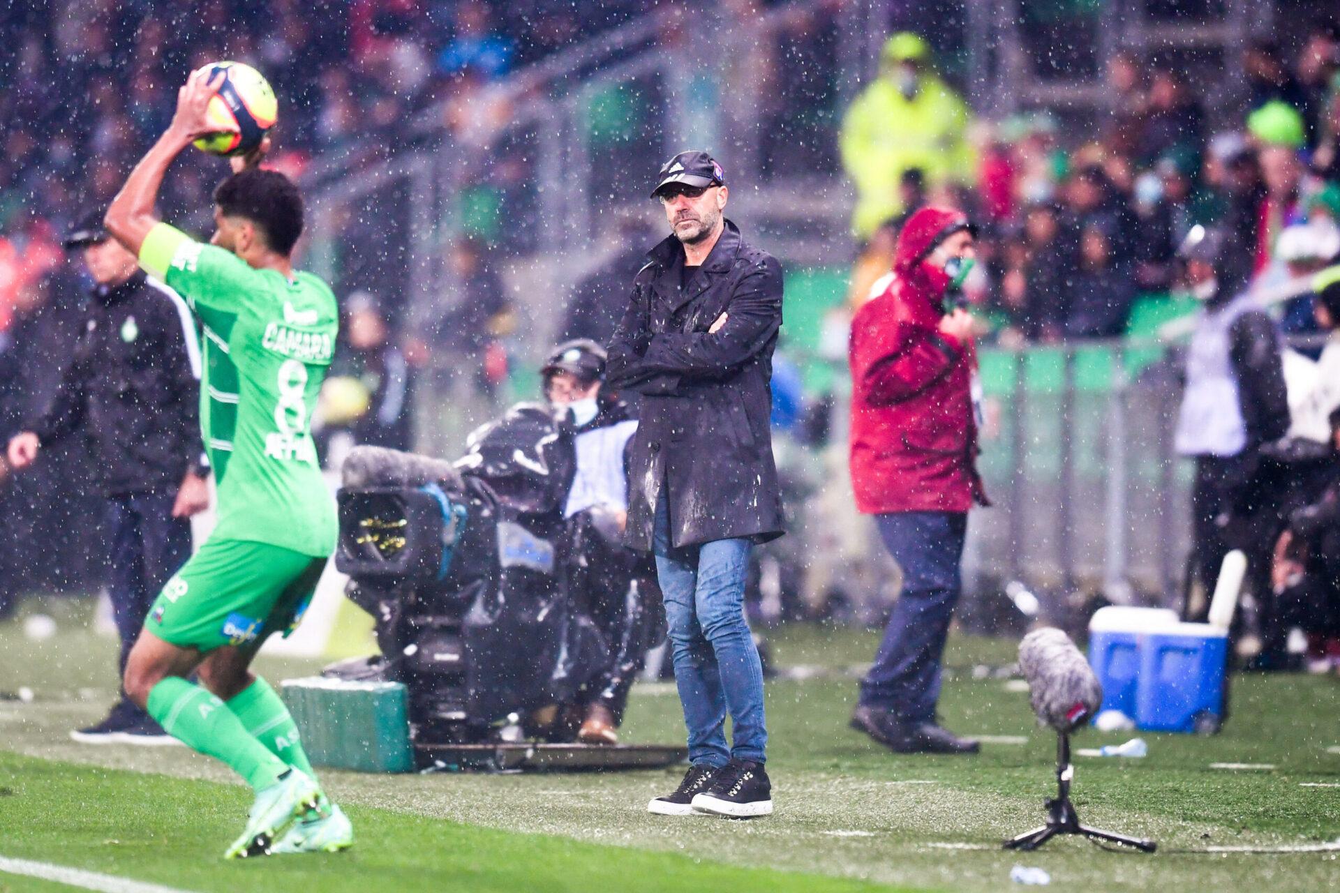À Saint-Étienne, Bosz a regretté l'inefficacité de ses joueurs alors que l'OL s'est procuré le plus grand nombre d'occasions (iconsport)