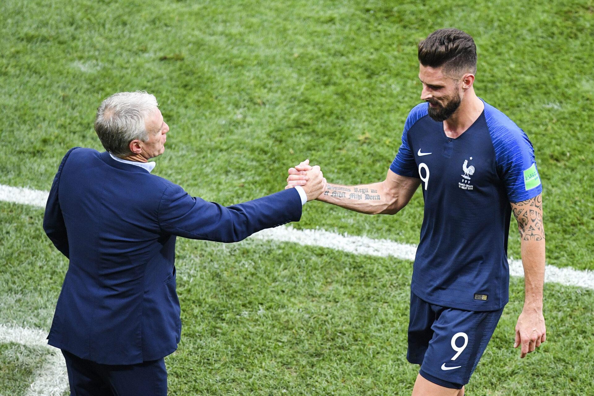 Didier Deschamps et Olivier Giroud lors de la finale de la Coupe du Monde en Russie face à la Croatie (IconSport)