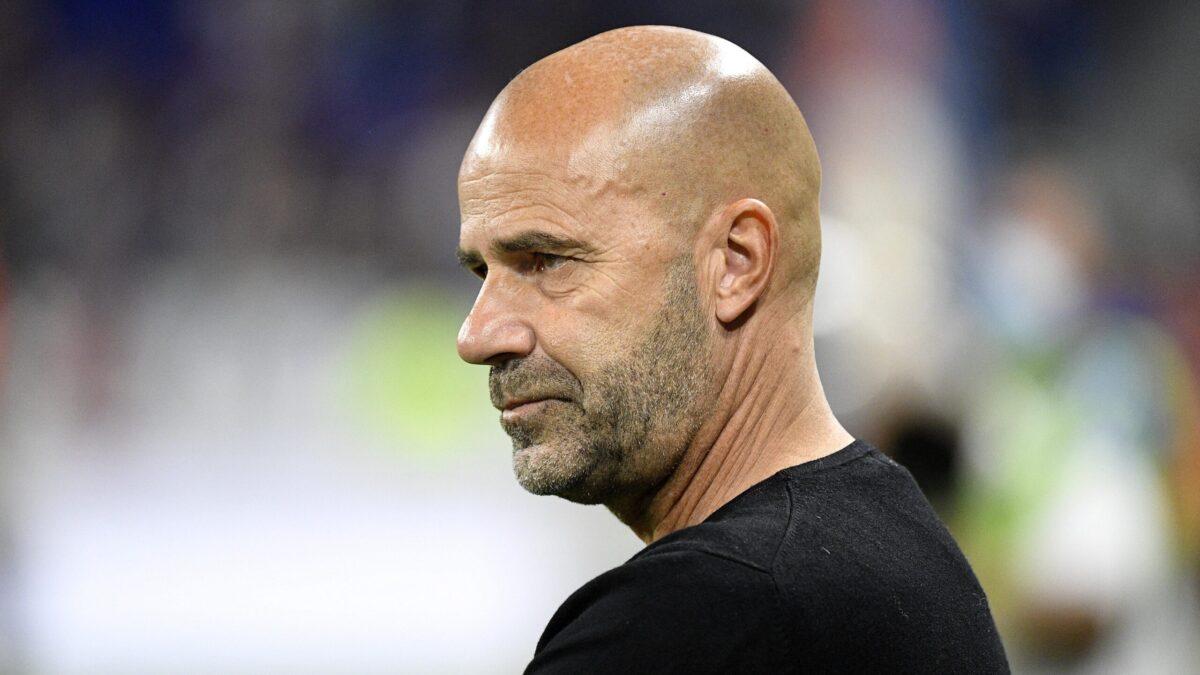 Peter Bosz a exprimé sa déception après le nul lyonnais dans le derby à Saint-Étienne. L'entraîneur de l'OL a regretté le manque d'efficacité de ses attaquants et estime avoir perdu deux points dans le Forez (iconsport)